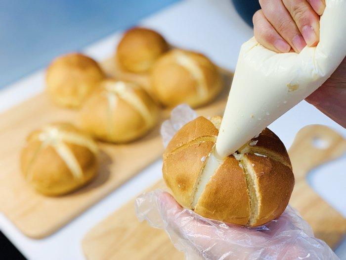 Bánh mì phô mai bơ tỏi