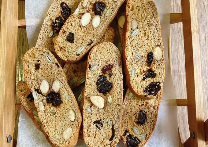 làm bánh biscotti bằng nồi chiên không dầu 5