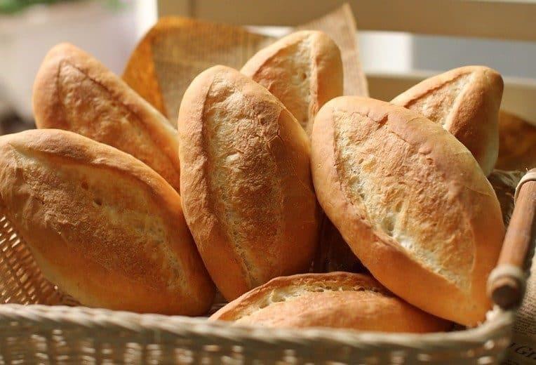 làm bánh mì bằng nồi chiên không dầu 2