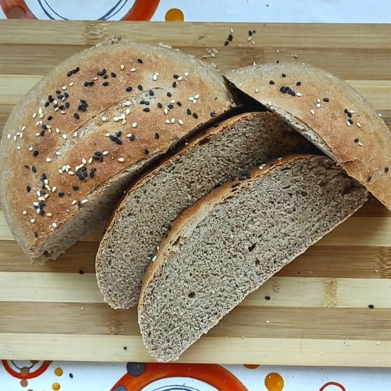 Làm bánh mì đen bằng nồi chiên không dầu 7
