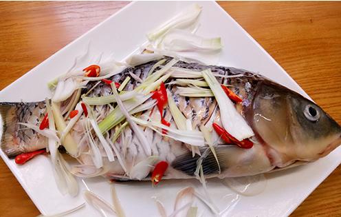 nướng cá bằng nồi chiên không dầu 6